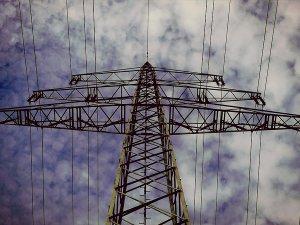 Türkiye'nin Elektrik İthalatı Faturası Yüzde 55 Azaldı