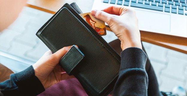 Her 4 Tüketiciden Biri İnternetten Alışveriş Yapıyor