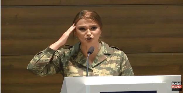 Azerbaycan Milletvekili Paşayeva kendisine verilen ödülü asker selamıyla Türk askerine ithaf etti