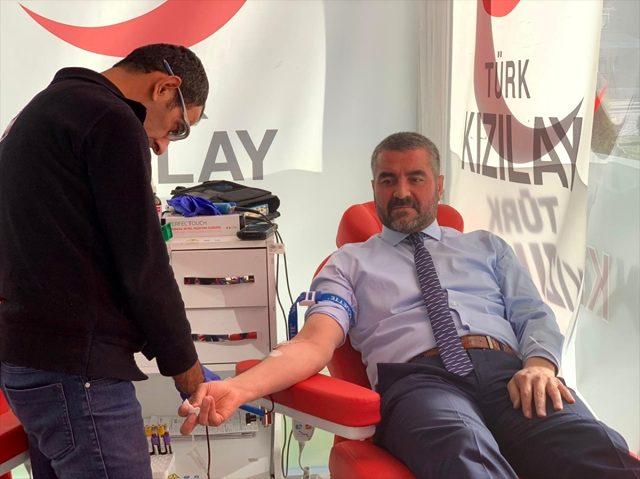 MHP Malatya İl Yönetiminden kan bağışı