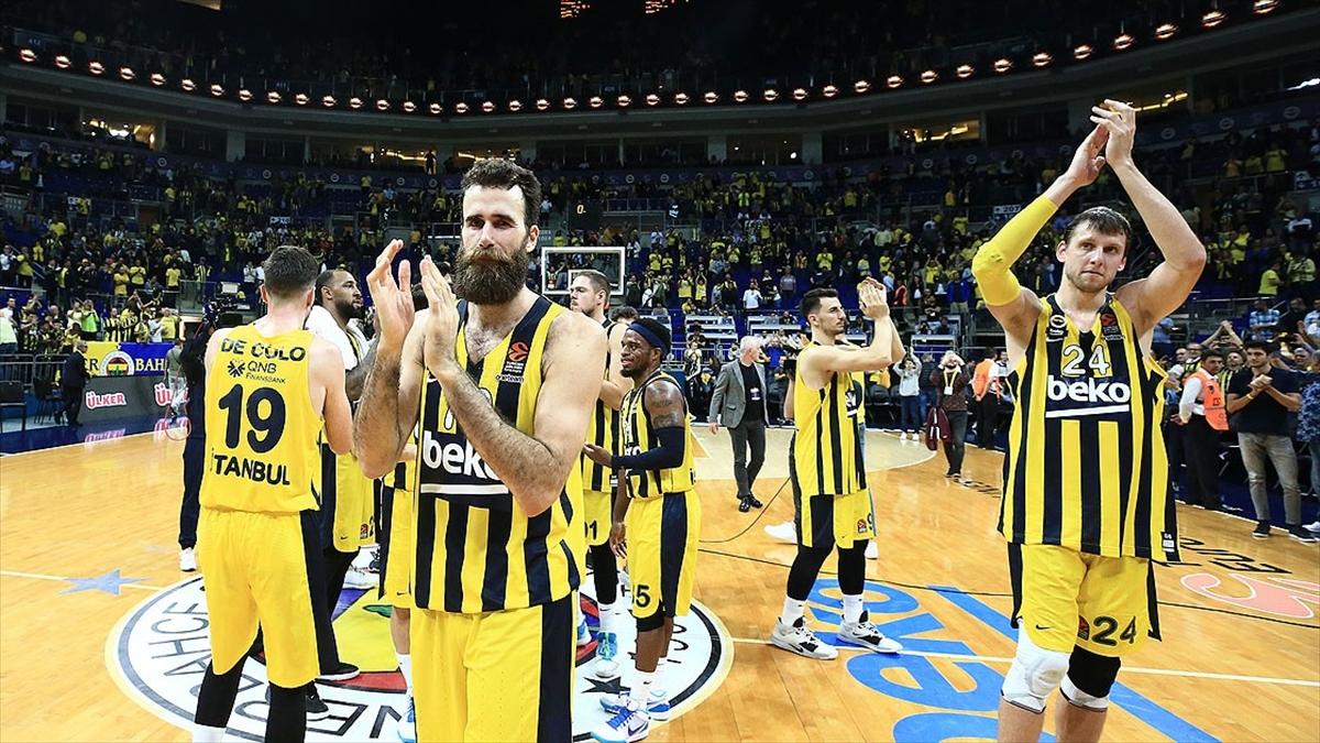 Fenerbahçe basketbolde yarın Barcelona'ya konuk olacak