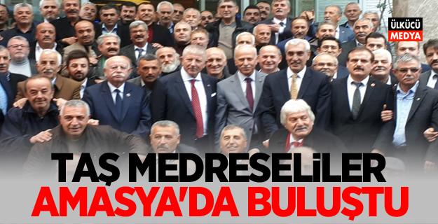 Taş Medreseli Ülkücüler Amasya'da Bir Araya Geldi
