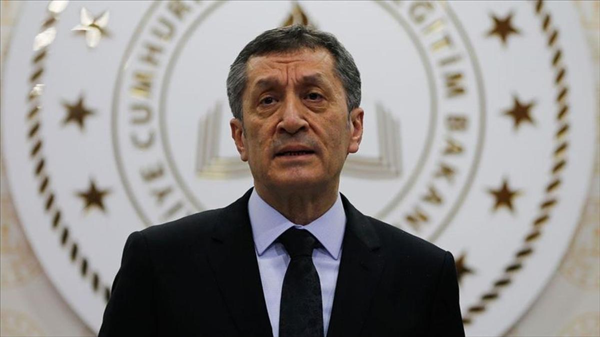 Milli Eğitim Bakanı Selçuk'tan yarıyıl tatiline ilişkin videolu paylaşım