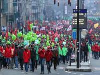 Brüksel'de Çalışanlardan 'Emeklilik' Protestosu