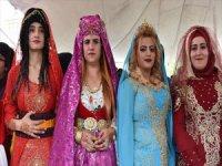 Anadolu Kadını 'Kıras Fistan'dan Vazgeçmiyor