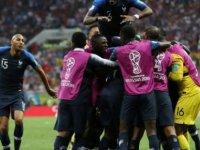 Fransa 20 yıl aradan sonra dünya şampiyonu!
