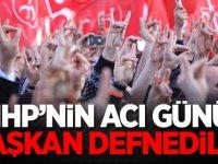 MHP'nin acı günü! Başkan defnedildi