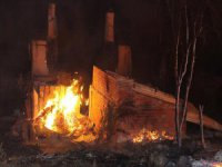 Köyde Yangın: 8 Ev Kullanılmaz Hale Geldi