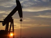 İran Petrol Verip Mal Alacak