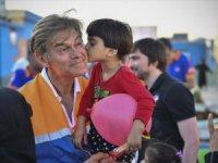 Doktor Mehmet Öz, Suriyelilerin Kaldığı Kamplardaki Deneyimlerini Paylaştı