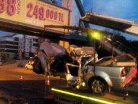 Ankara Ayaş yolunda katliam Gibi Kaza: 3 Ölü