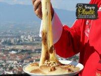Hatay'da Künefenin Alternatifi: Peynirli İrmik Helvası