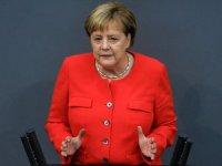 Merkel'den 'İki Devletli Çözüm' Vurgusu