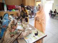Pakistan'da Halk Ara Seçimler İçin Sandık Başında