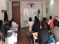 Van'da 'Dezavantajlı' Gençlere Belediye Desteği