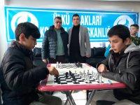 Alparslan Türkeş'in Anısına Satranç Turnuvası Düzendi