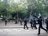 Fransa'da 'Sarı Yelekliler'in Gösterileri Başladı