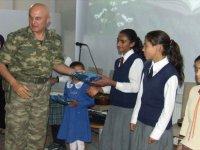 Şehit Binbaşıyı 'Halkın Komutanı' Diye Seviyorlarmış