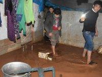 Suriye'deki Kamplarda Sert Kış Koşullarında Sel Çilesi