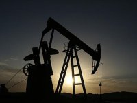 İran'ın Petrol İhracatı Azalıyor