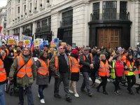 İngiltere'nin 'Sarı Yelekliler' Korkusu