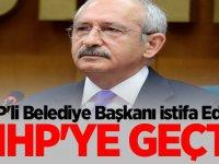 CHP'li Belediye Başkanı İstifa Edip, MHP'ye Geçti