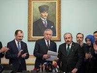 Mustafa Şentop, Meclis Başkanlığı İçin Adaylık Başvurusunu Yaptı