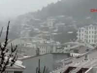 İstanbul'da beklenen kar yağışı başladı!
