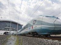 Trenlerde 'Trenkart' İle İndirimli Yolculuk