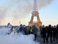Sarı Yeleklilerin Eylemleri Fransa Turizmini Olumsuz Etkiledi