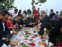 Cumhurbaşkanı Erdoğan Vatandaşlarla İftar Yaptı