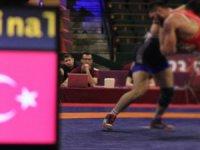 Genç Milli Güreşçi Hamza Bakır Avrupa Şampiyonu