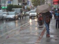 Meteoroloji 8 ili uyardı: Şiddetli yağış geliyor