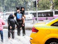 Prof.Toros: İstanbul'u 'Çok Hücreli Fırtına' Vurdu