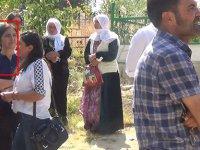 Görevden alınan HDP'li belediye başkanı bakın kimin cenazesinde!