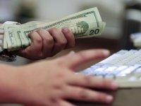 Petrol krizi sonrası dolar hareketli