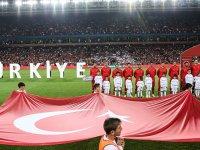 Türkiye Fransa İle Liderlik Maçında