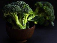 'Menopoz döneminde brokoli ve kereviz tüketmek dişleri koruyor'