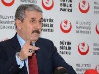 Mustafa Destici'den önemli açıklamalar! 'Bunlara fırsat vermemek lazım'