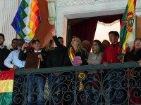 Bolivya'da ordu Anez'in geçici devlet başkanlığını tanıdı