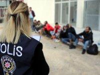 42 bin 888 düzensiz göçmen İstanbuldan gönderildi