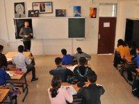 Mardin ve Şırnak'ta terör mağduru 44 bin 417 öğrenciye telafi eğitimi