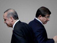 """Davutoğlu'nu fena rezil etti! """"Nasıl tenezzül edersin?"""""""