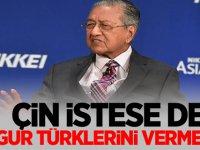 """Malezya Başbakanı """"Çin istese de Uygur Türklerini vermeyiz"""""""