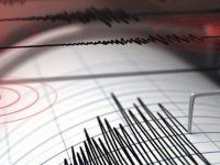 Manisa'da korkutan deprem! İki ilde hissedildi