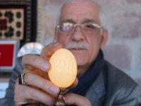Yumurta kabuğuna 11 bin  827 delikle sanat