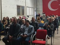 Hollanda Türk Federasyon'da 'Gönülden Dökülenler' adlı şiir kitabının tanıtımı yapıldı
