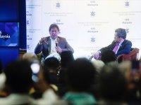 Pakistan Başbakanı Han: Hindistan çözüme hazırız