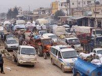 İdlib'de 2 günde 40 bin sivil daha Türkiye sınırı geldi