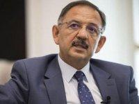 AKP'li Mehmet Özhaseki trafik kazası geçirdi